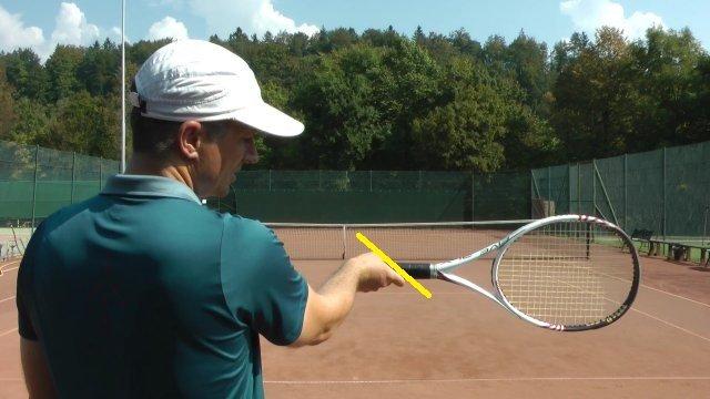 kĩ thuật 8 bước tay thuận trong tennis