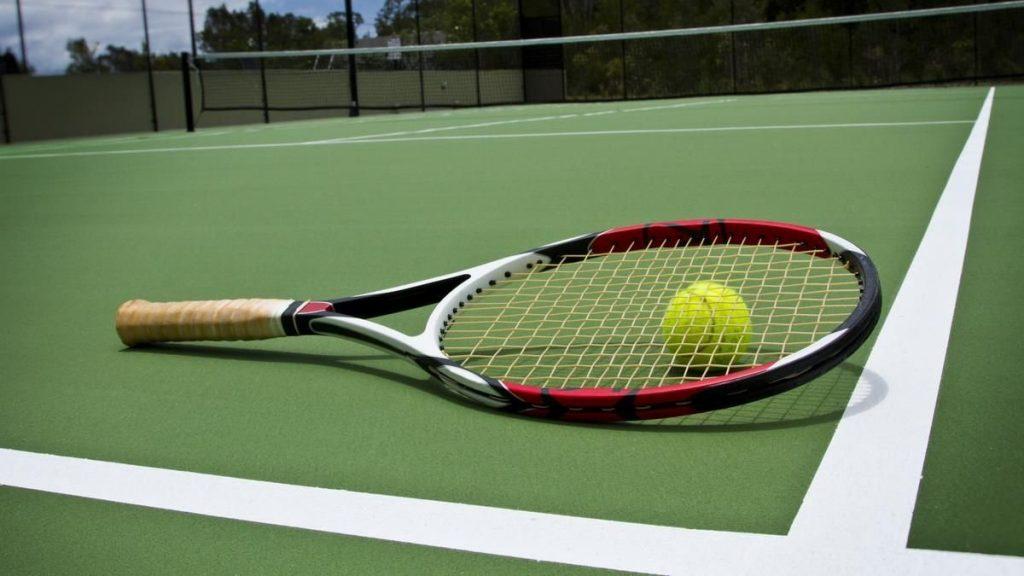 Chơi tennis như dân chuyên nghiệp từ A-Z