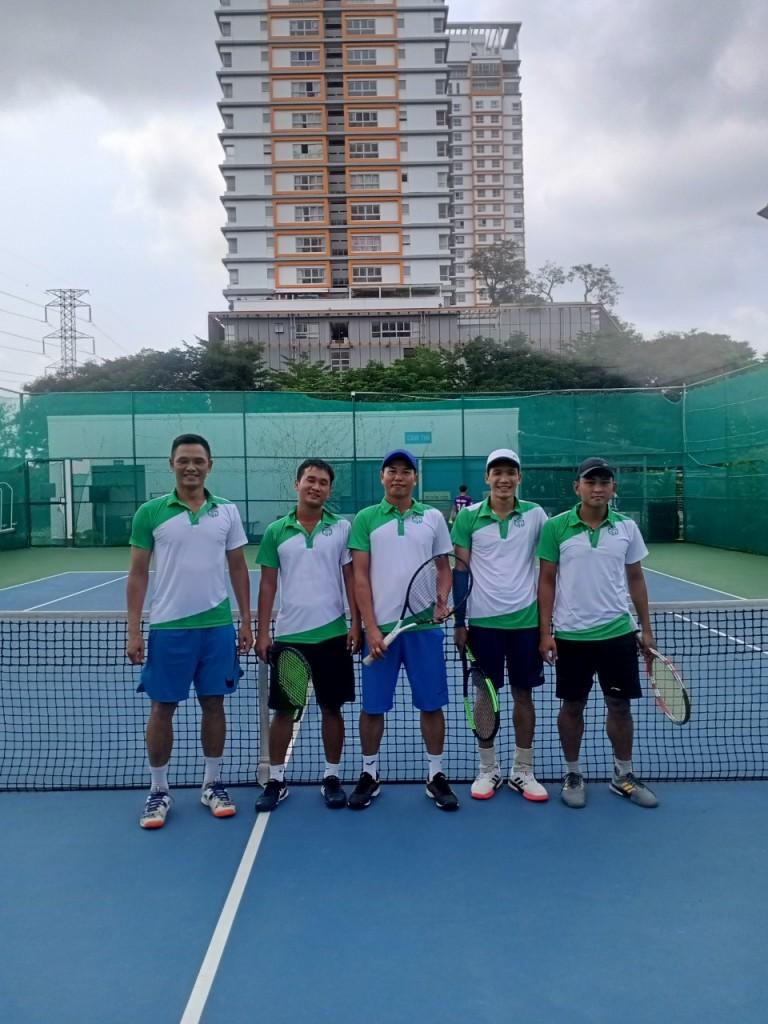 giai-tennis-green-sculpture